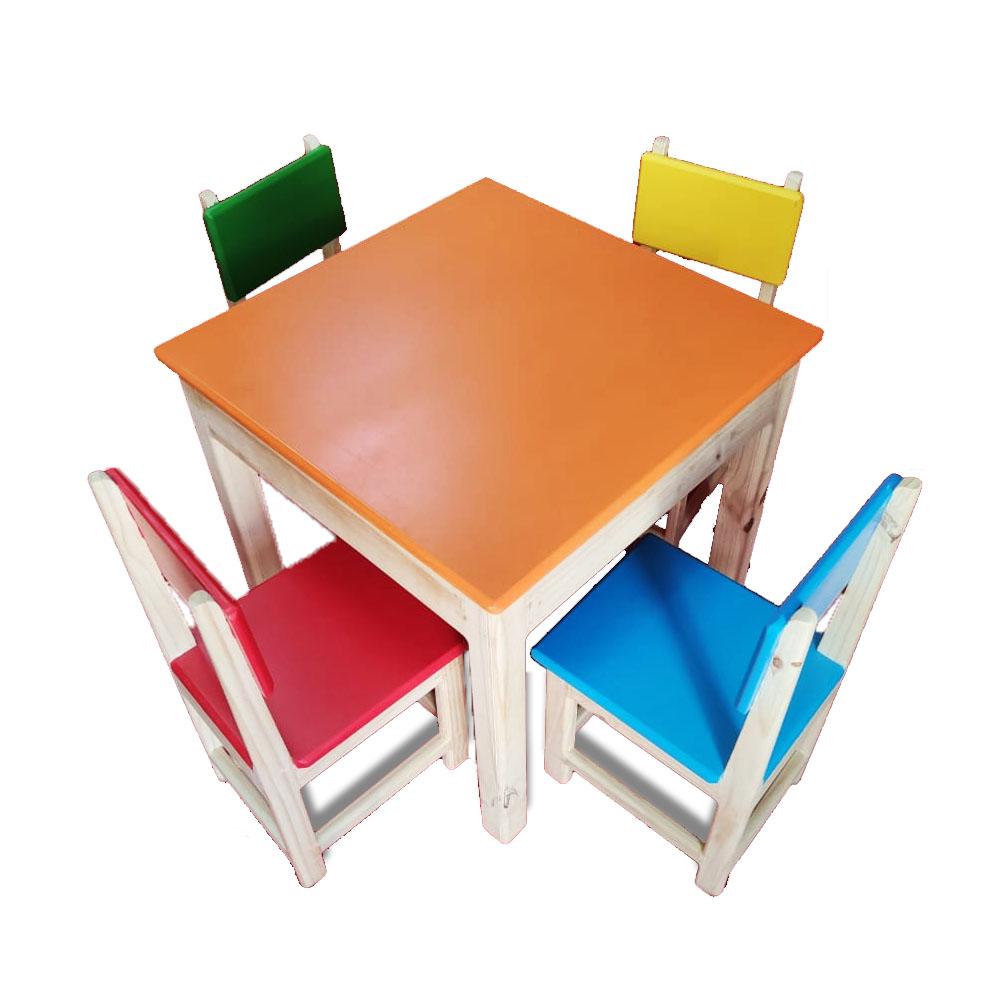 Mesa de Madeira Infantil com 4 cadeiras - Grillo Brinquedos